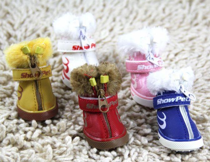 Зимние меховые ботинки для собак